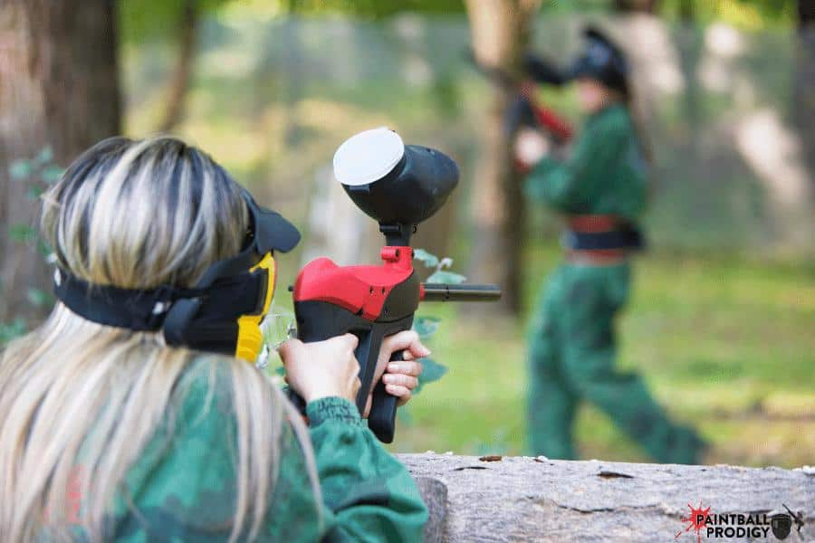 shooting paintballs without  co2 or compressed air is not possible.
